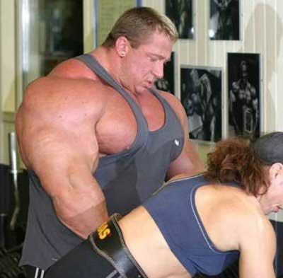 Bodybuilder sarcoplasmic hypertrophy
