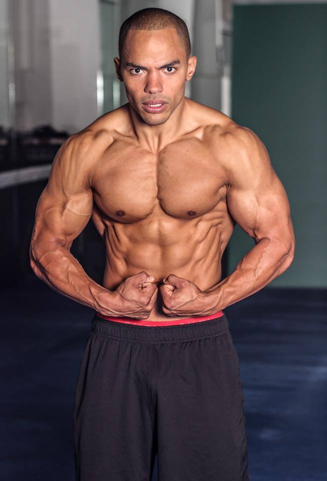 Sharief's Shredz & Abs session